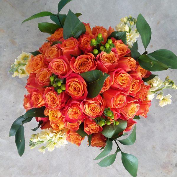 50 orange roses top